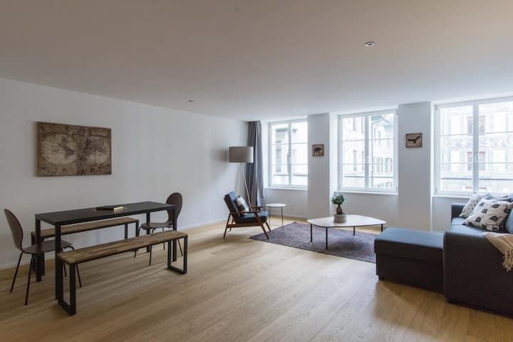 Hirschen 4 Loft - Historic old town apartment/WiFi