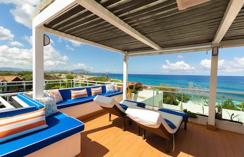Beachfront Penthouse w/ Private Rooftop Terrace and Outdoor Kitchen