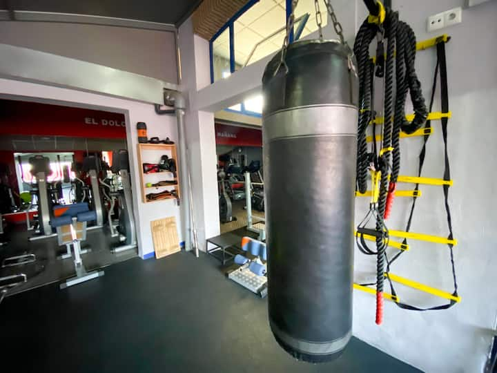 HOSTEL GYM CANOVAS NERJA