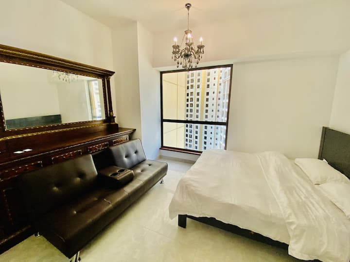 Nice Master Room for one Man in Dubai JBR.