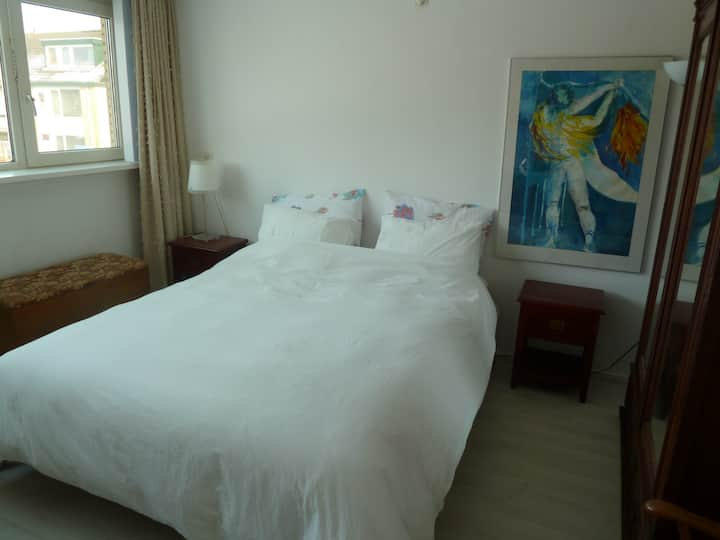 spacious room near Amsterdam City and Schiphol