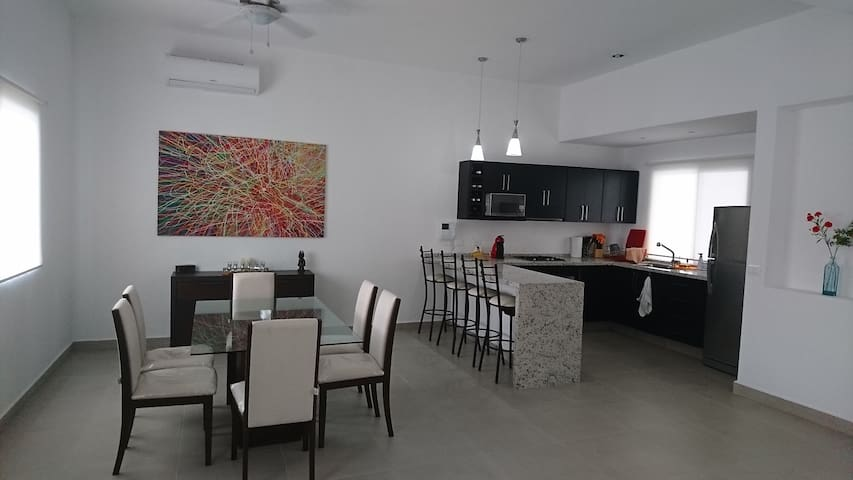 Casa MaRe / Complete House / Casa completa