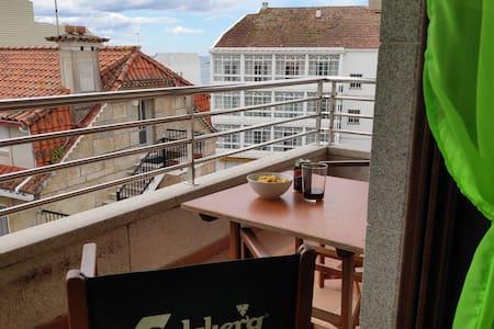 Apartamento en Sanxenxo a 150 m de Silgar c/garage