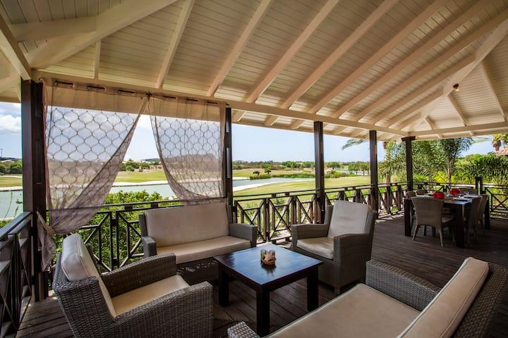 Blue Bay Resort Duplex villa's 3 slaapkamers