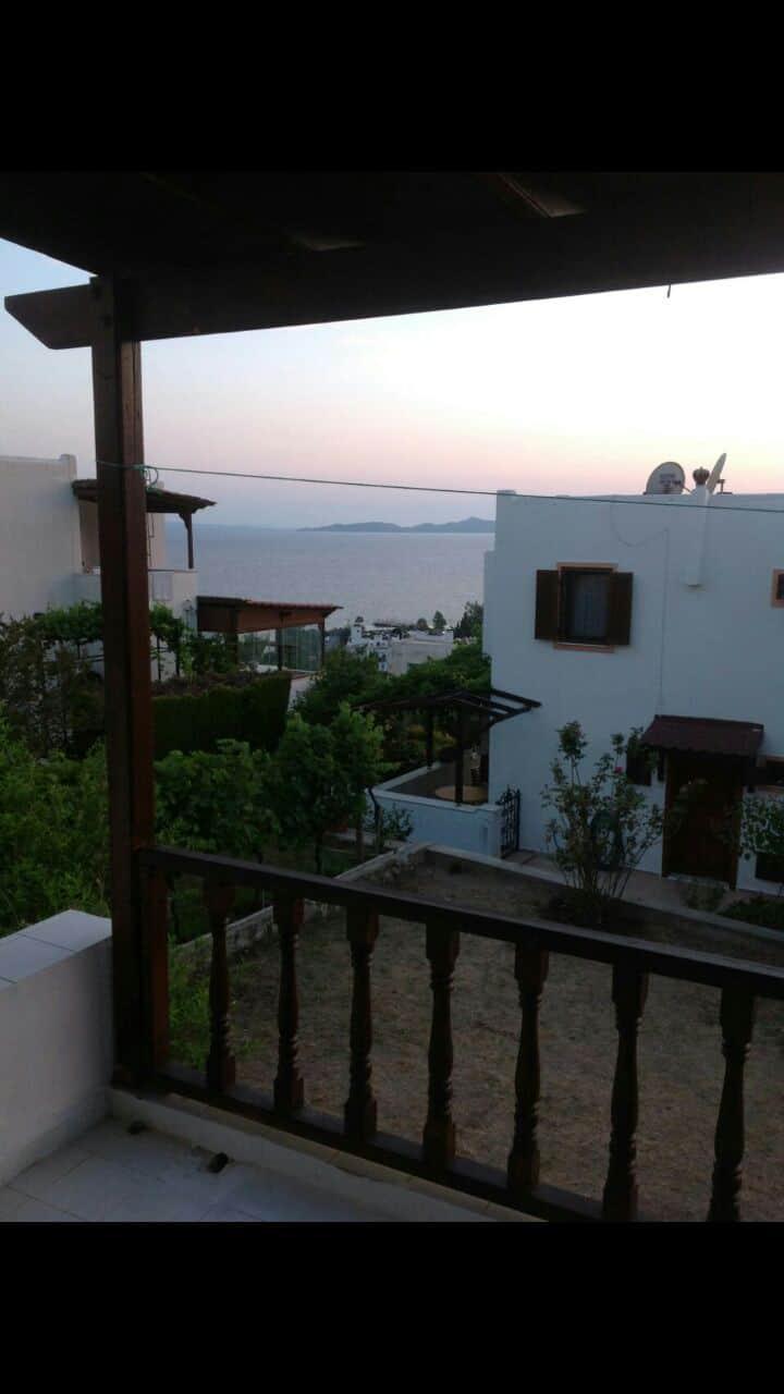 Deniz ve Kos manzaralı villa 2+1