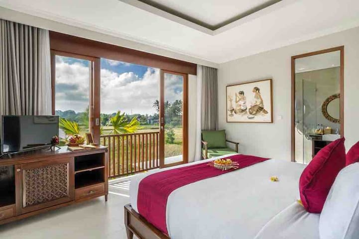 One-Bedroom at Ubud Center with Pool