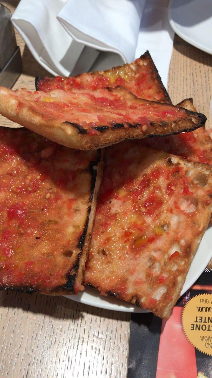 Bread with spread tomatoe
