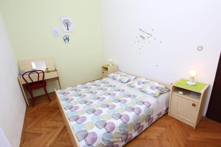 MILOTIC Double Room with Shared Balcony 2
