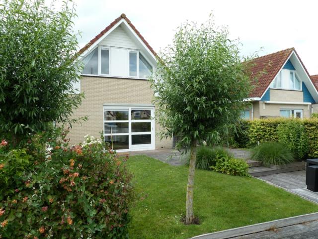vakantie vieren op het eiland in de Friese Meren - Terherne - House