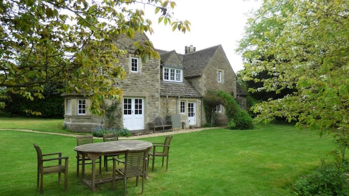 The Lodge, an idyllic Cotswold escape
