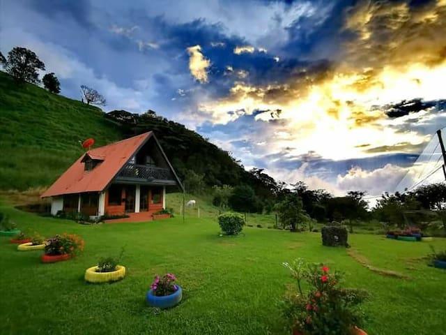 El Chalet de Tito, un lugar cerquita del cielo.