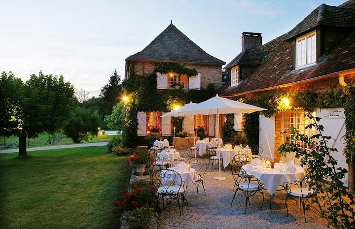 4* Hotel room in Périgord