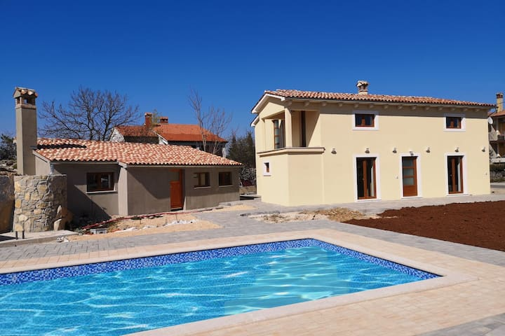 Tranquil Holiday Home in Labin with Private Swimming Pool