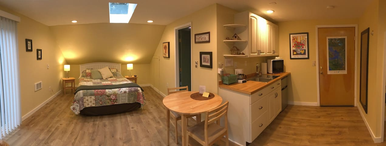 Happy Valley Studio - Anacortes - Apartamento