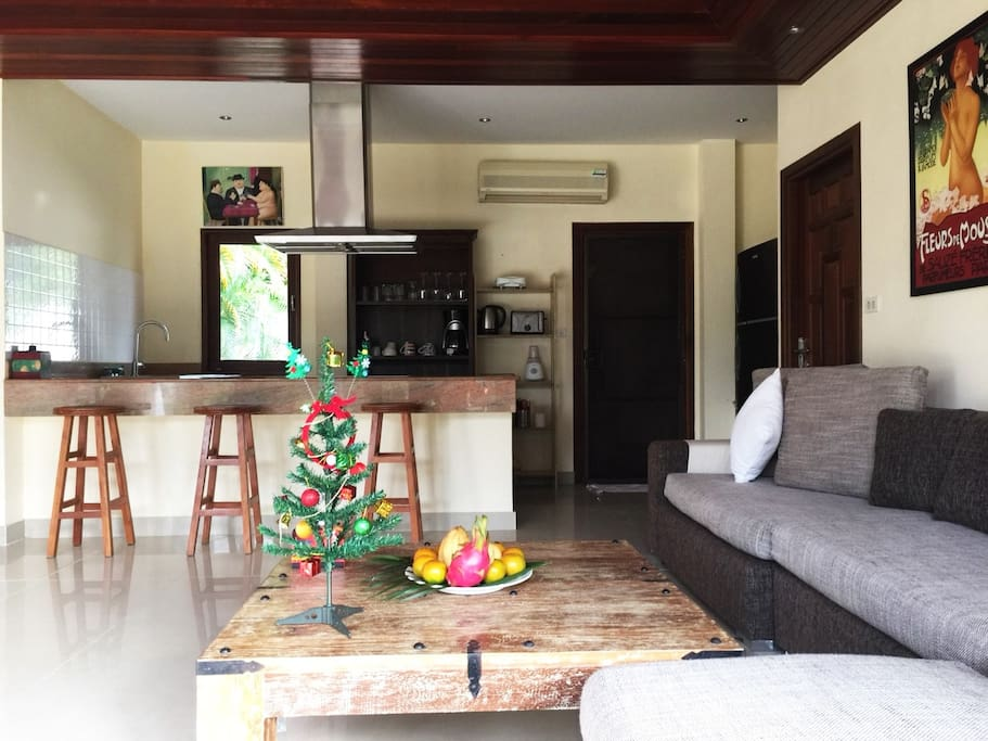 Living Area with open kitchen & bar
