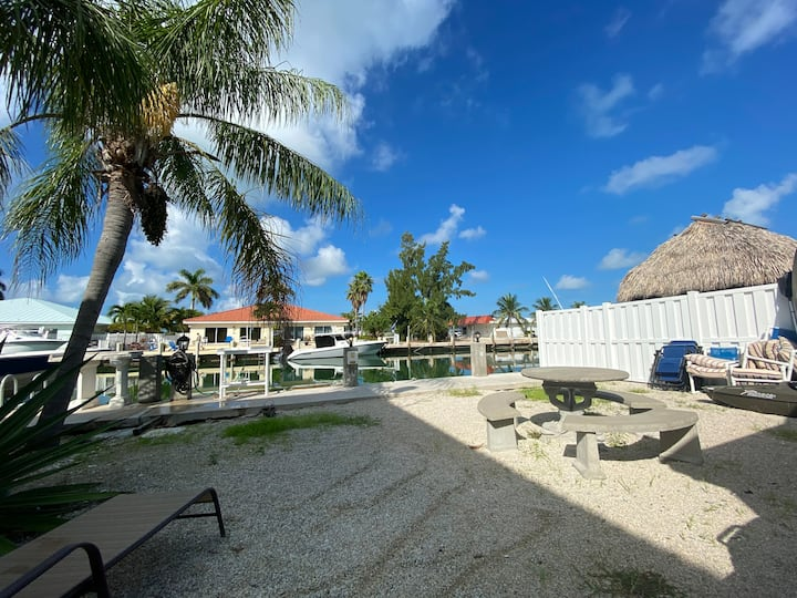 Paradise in Key Colony with Cabana Beach Access