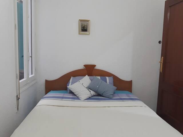 2 Habitaciones Elda Alicante para 1 o 4 personas