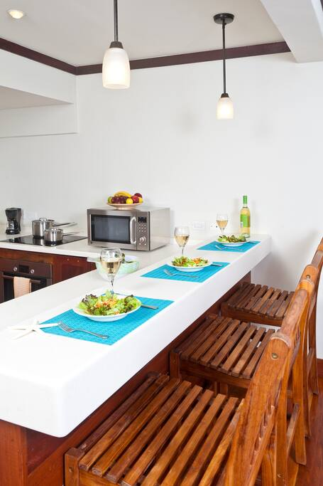One Bedroom Suite Santosha Holiday Apartments Apartments For Rent In Windy Hill Saint