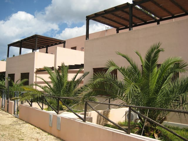"Casa vacanza ""Arianna"" - Macari - Řadový dům"