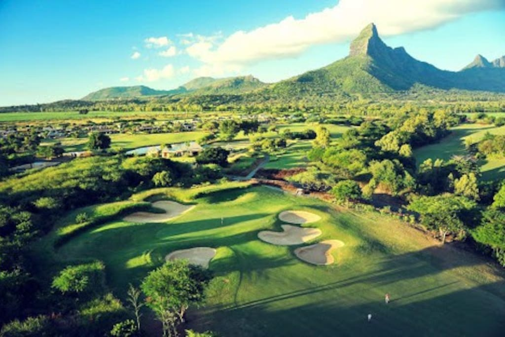 Tamarins Golf Course