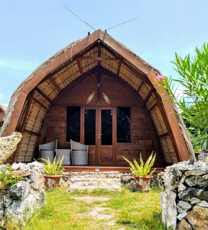 Ecoresort Sumbadream bungalow wood family