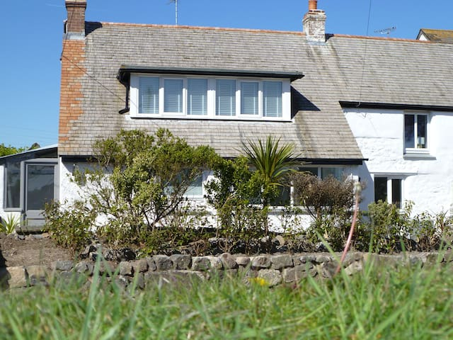 Yellow Fish Cottage, Ruan Minor, Cornwall - Ruan Minor - Hus