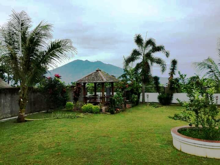 Villa nanda,  mountain view, 40 persons capacity
