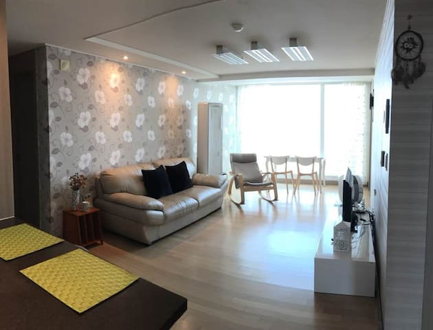 *Samsung Digital City*Females Only *Clean&Cozy#2