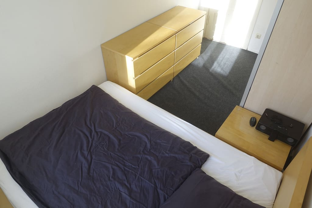 sleeping room with a bed with 140x200m. And bed cover with oversize 155x220m (instead of 135x200m)