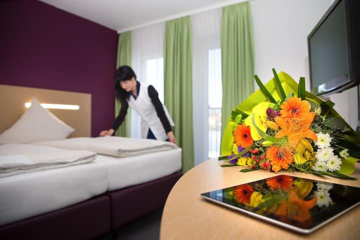 ARBERLAND Hotel (Regen), Komfortables Doppelzimmer im modernen Design und frischen Farben