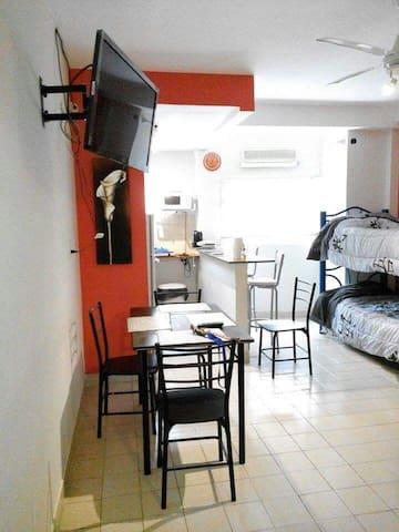 Monoambiente Amplio - Corrientes - 公寓