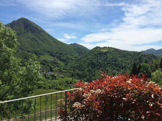 Luxury 3 bedroom apartment near Bergamo - skiing - Cornalba - Flat