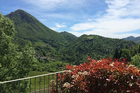 Luxury 3 bedroom apartment near Bergamo - skiing - Cornalba - Apartamento