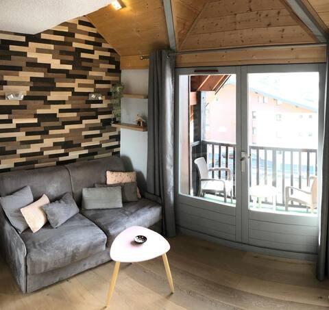 Studio cosy ** au coeur des Carroz, vue montagne
