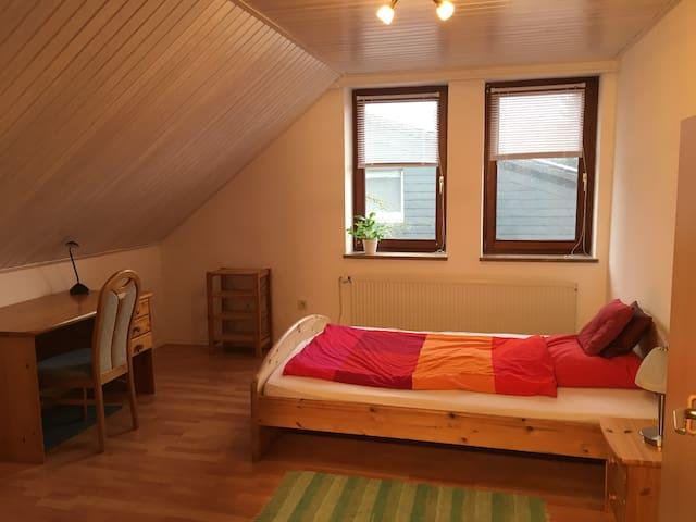 Gemütliche Wohnung für bis zu 5 Gäste in Wahnbek - Rastede - Daire