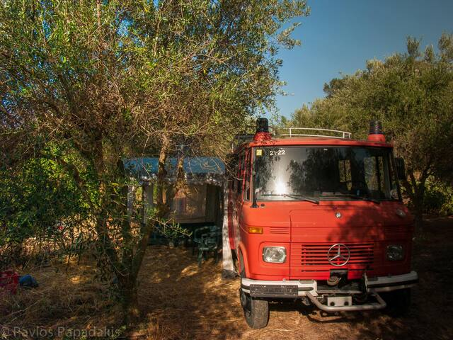 Mountain-view Fire-Engine Campervan in Olive grove - Koufos