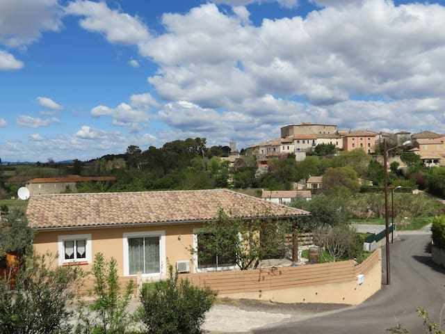 Villa au calme entre mer & montagne - Puimisson - Talo