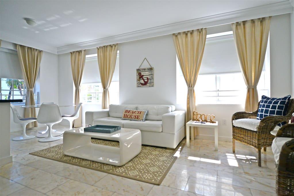9302073 on 918 Ocean Drive Miami Beach