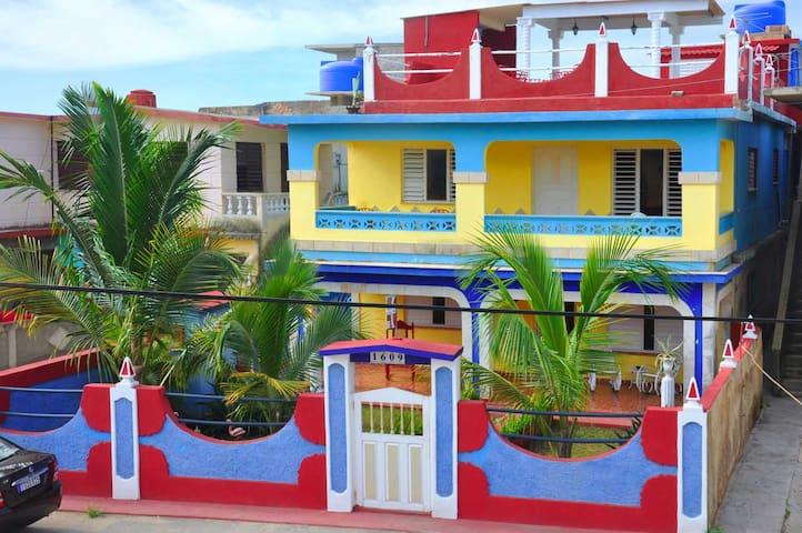 Blue Sky, Boca de Camarioca