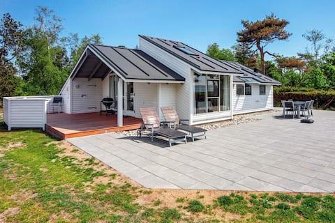 Ruhiges Ferienhaus in Jütland in Meeresnähe