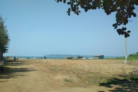 WALK to the WATERS of Miramar BEACH 04
