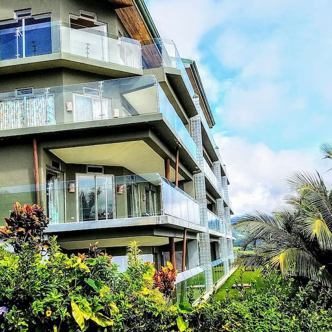 Spectacular unobstructed Views of Lake Arenal with our modern glass balconies