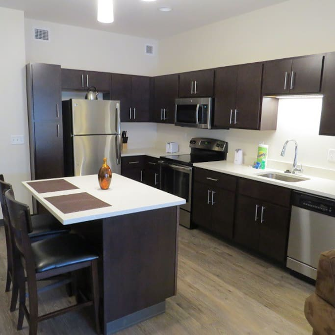 Hot Metal Flats 2 Bedroom Serviced Apartments For Rent In Pittsburgh Pennsylvania United States