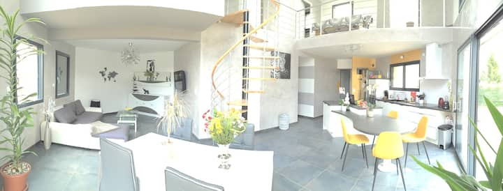 Chambre privée dans une villa proche de Besançon