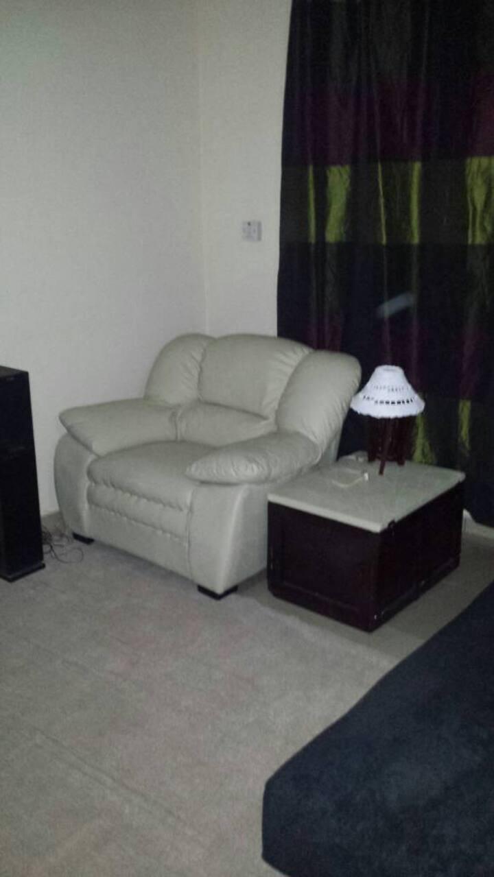 Tastefully Furnished Modern Studio Apartment, Dome