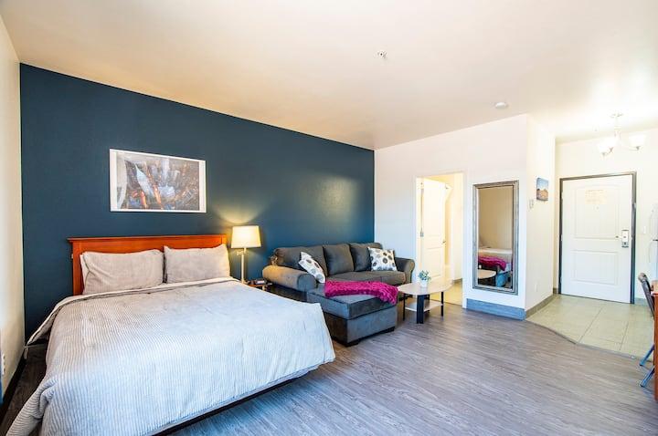 Vistas 115 - Modern Luxury amenities sleeps 4