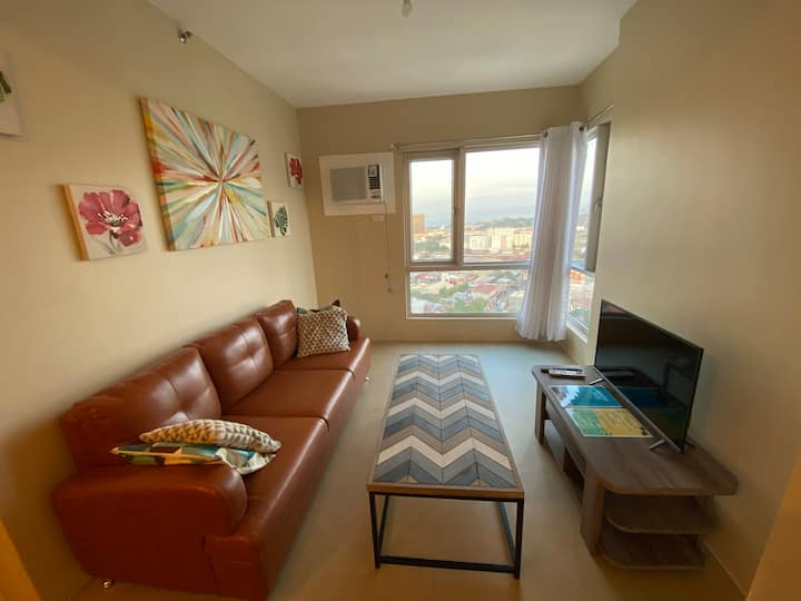 CoBe's Place: 2br Fully Furnished Condo in Aspira