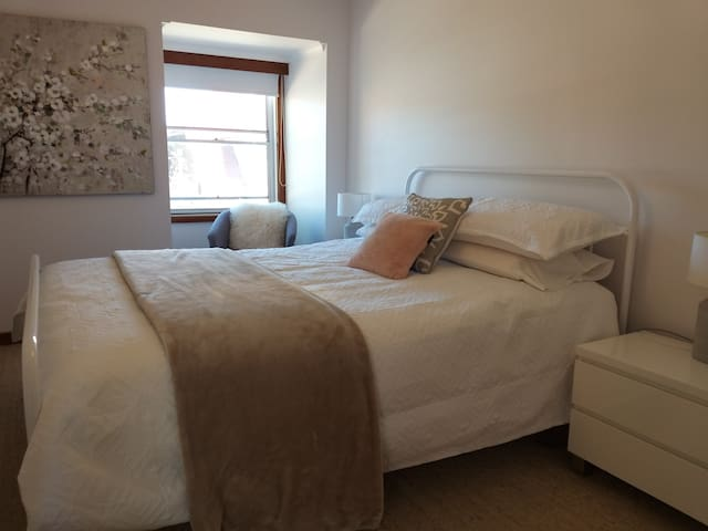Beautiful Linen,  a lovely comfortable Queen bed