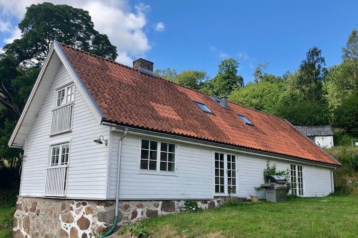 Modernt & bekvämt boende nära Båstad och naturen