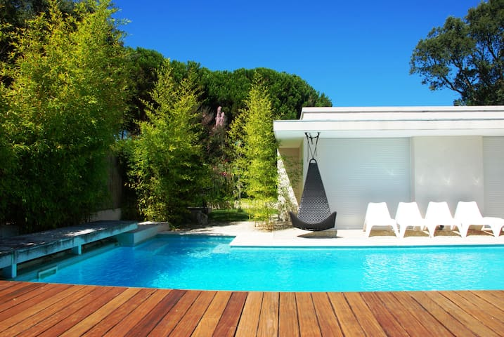 Villa by the woods & beach - Aldeia do Meco